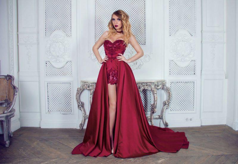 Satijnen jurk met afneembare rok