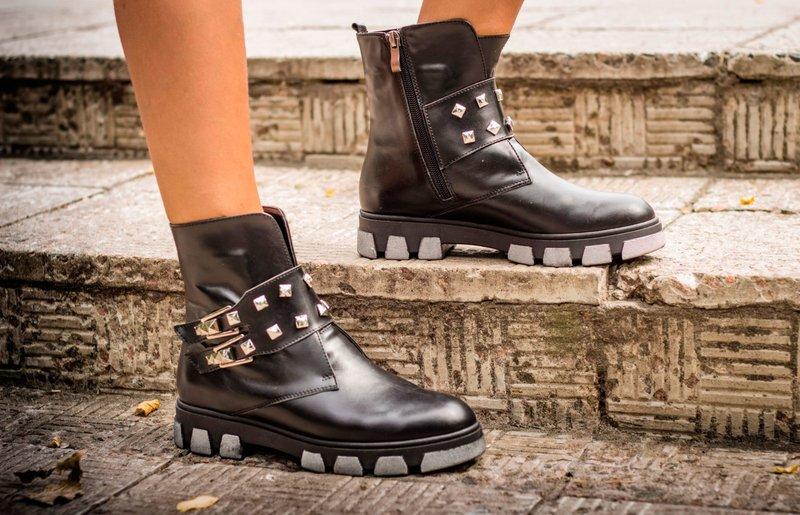 Masyvūs batai krenta žiemą