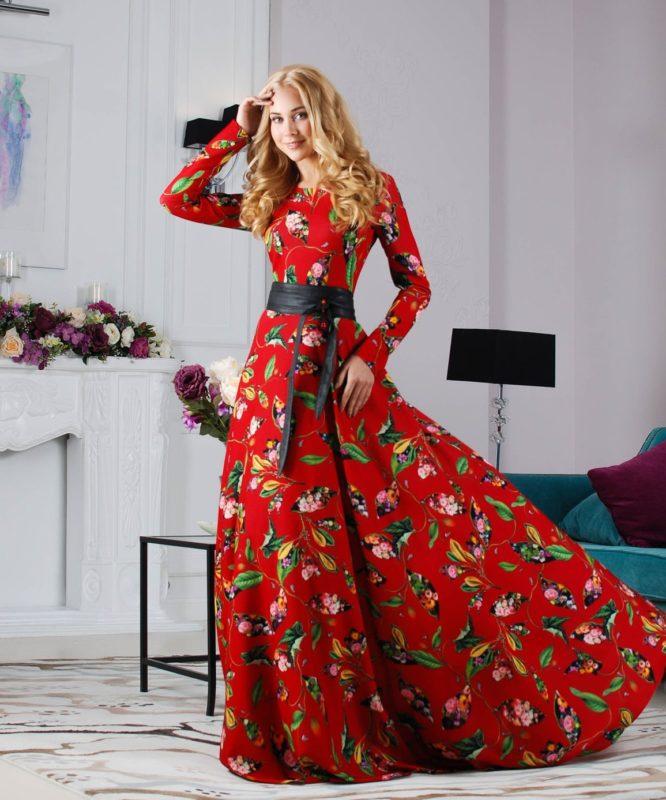Proginė ilga suknelė