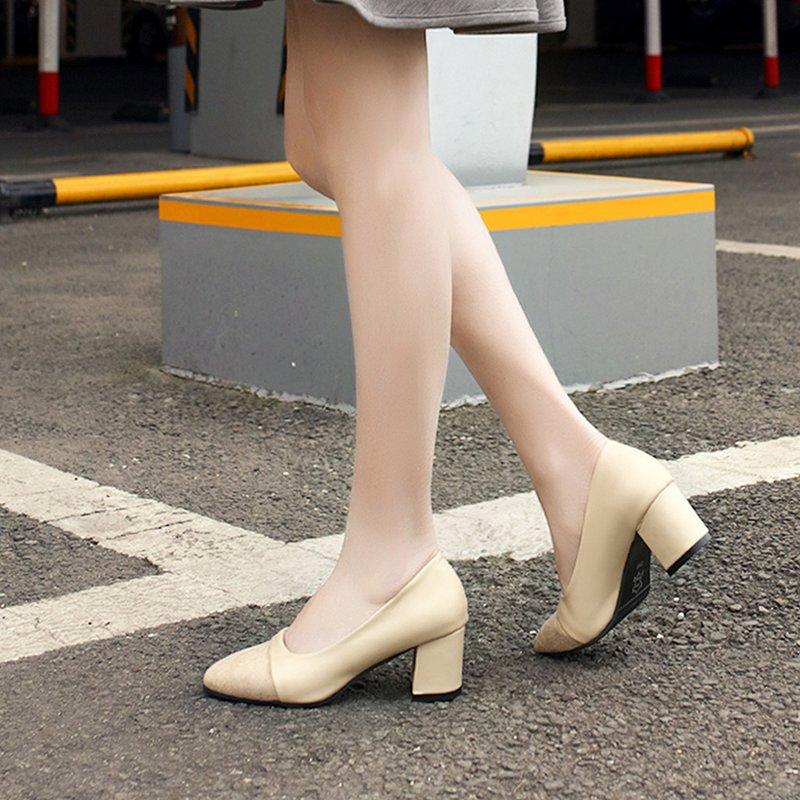 Smėlio spalvos batai