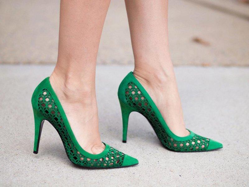 Smaragdinės skylės batai