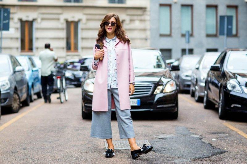 Pantaloons met een jas
