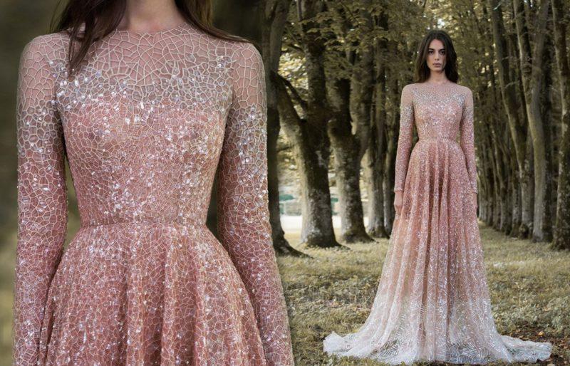 Doorschijnende jurk met mesh