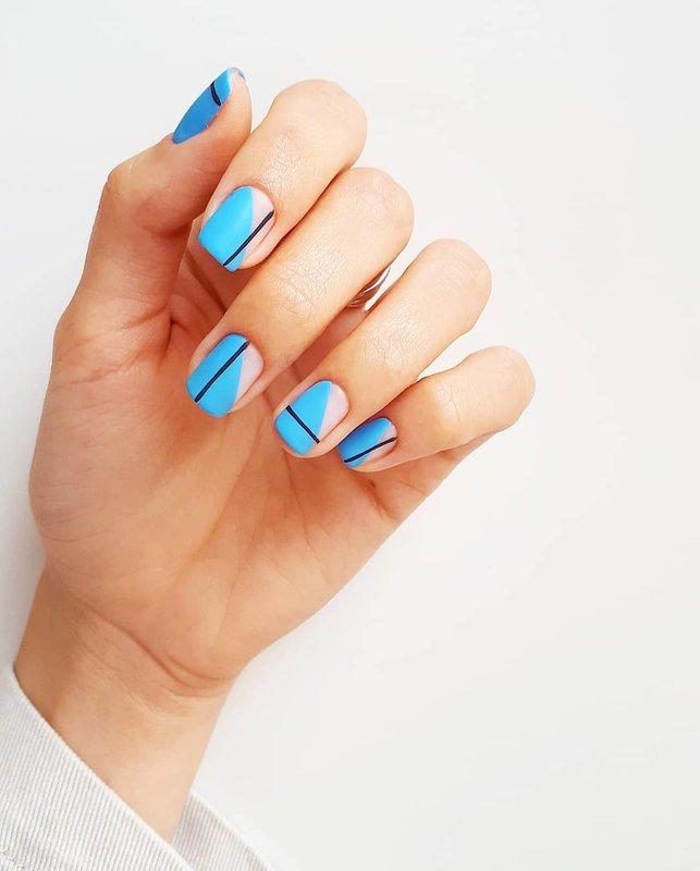 Géométrie de laque bleue