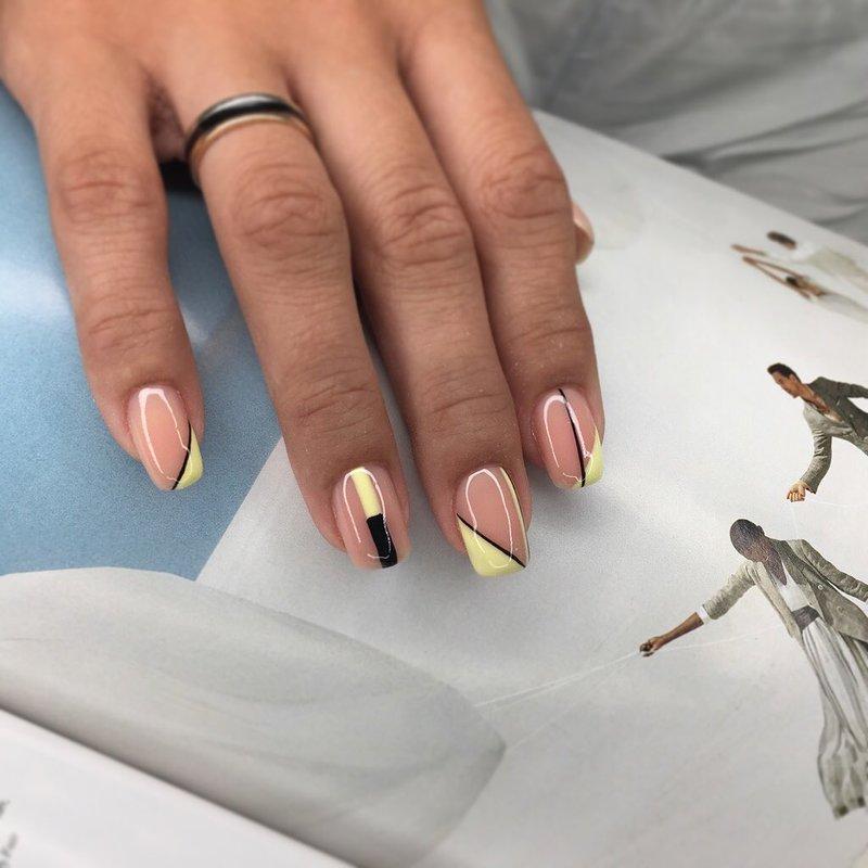 Géométrie sur les ongles
