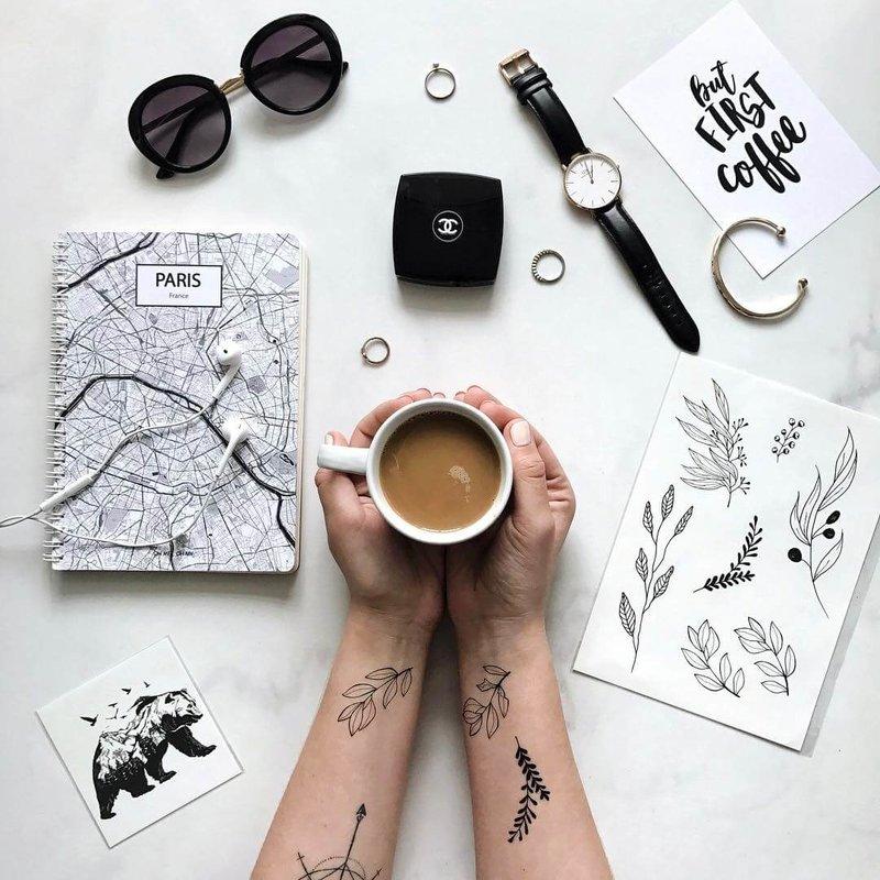Tijdelijke tattoo met printer en parfum