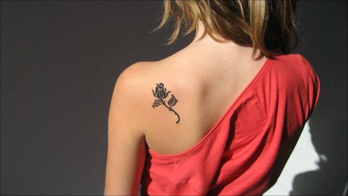 Mažos tatuiruotės mergaitėms