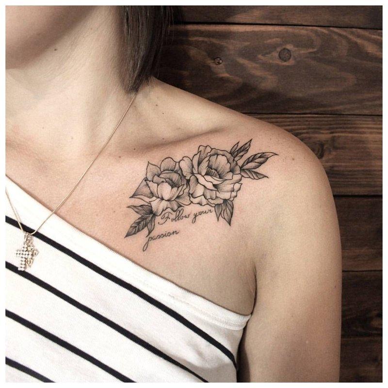Graži raktikaulio tatuiruotė