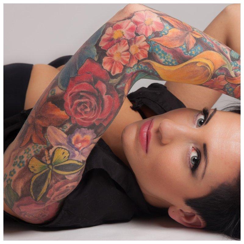 Gėlių tatuiruotės tema