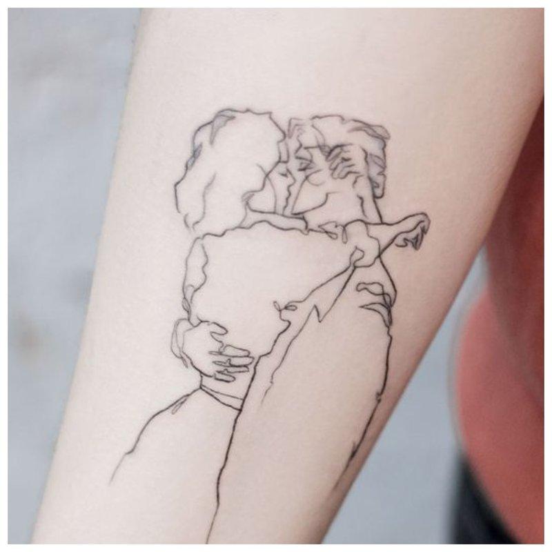 Mylimos poros tatuiruotė