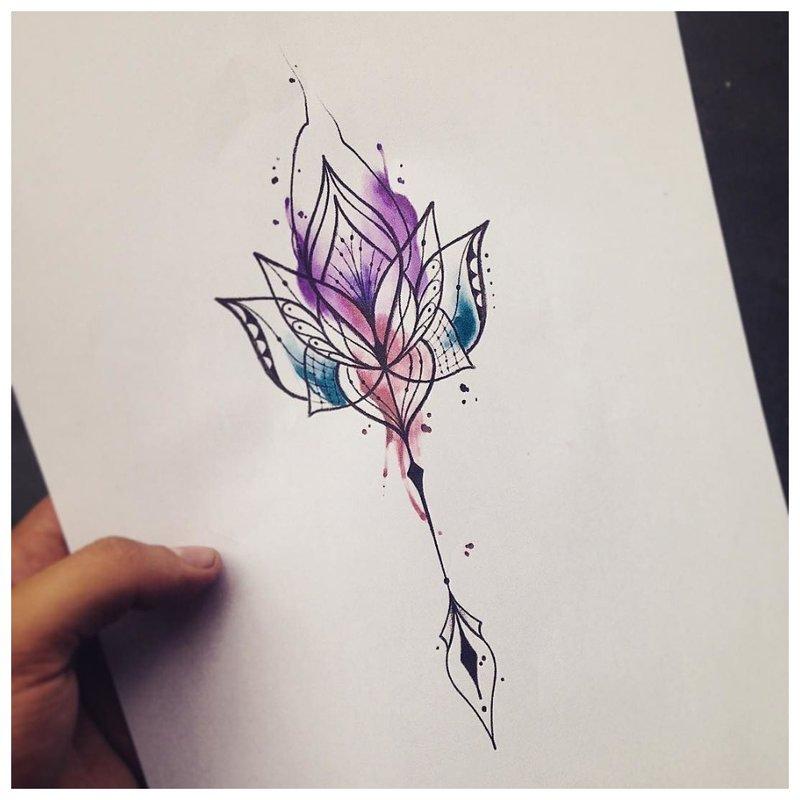 Akvarelės tatuiruotės modelio eskizas.