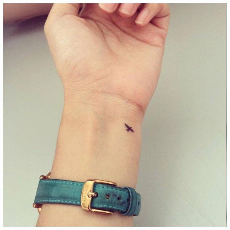 Mažo paukščio tatuiruotė