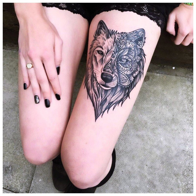 Mergaitės klubo tatuiruotė mergaitei