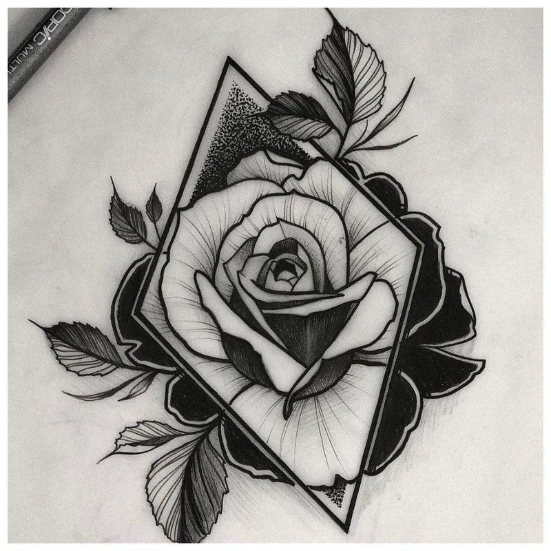Mergaitės klubo tatuiruotės eskizas
