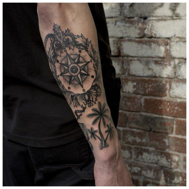 Tatuiruotė ant vyro dilbio