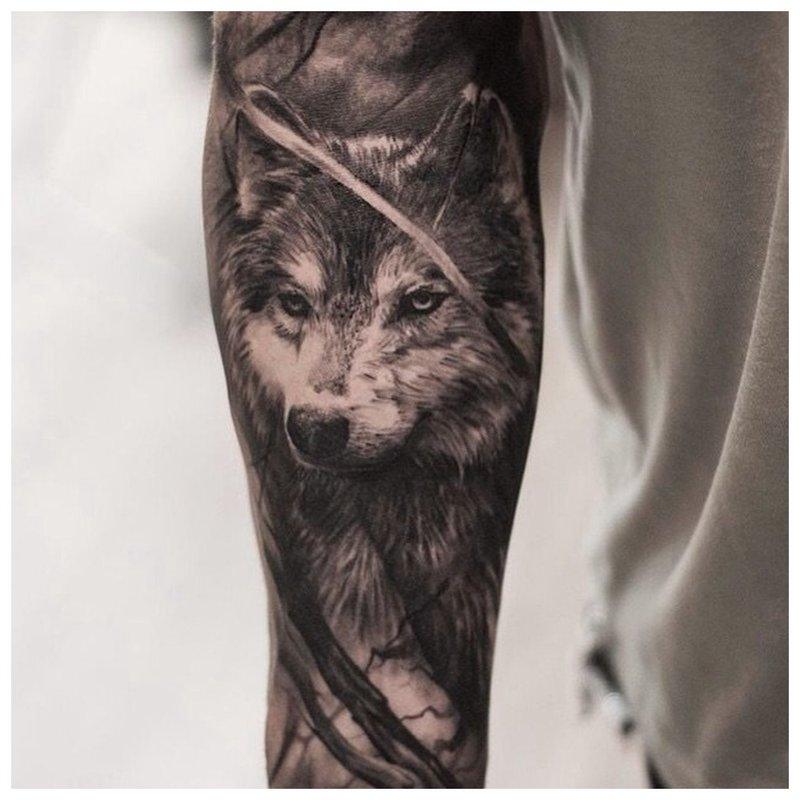 Severe Wolf - Volledige arm-tatoeage