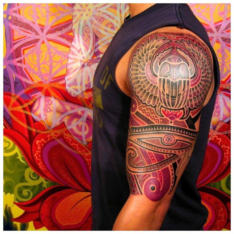 Pilna peties tatuiruotė