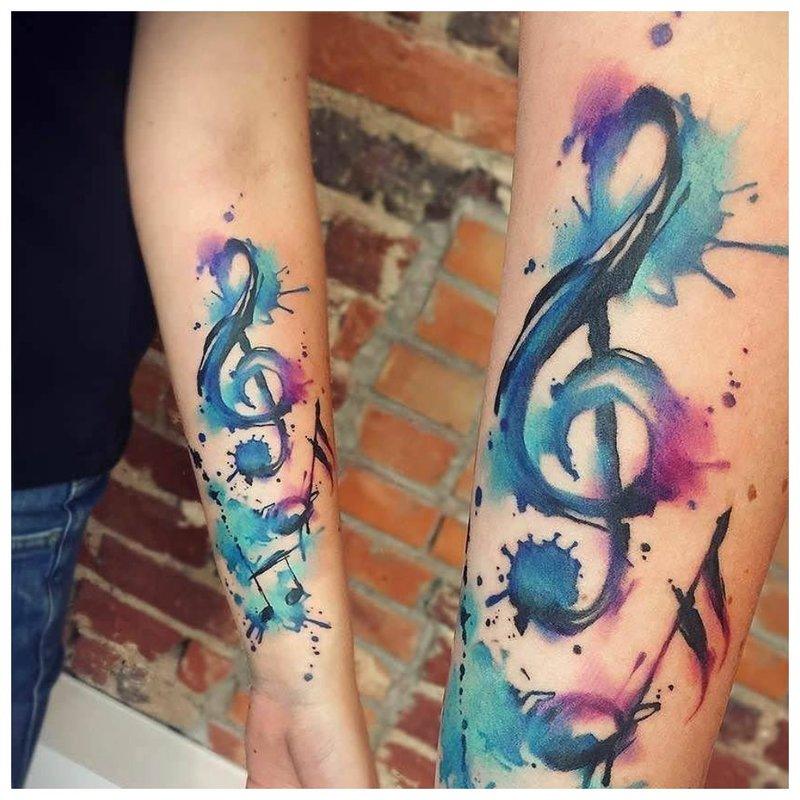 Dviejų tatuiruočių akvarelės tatuiruotė