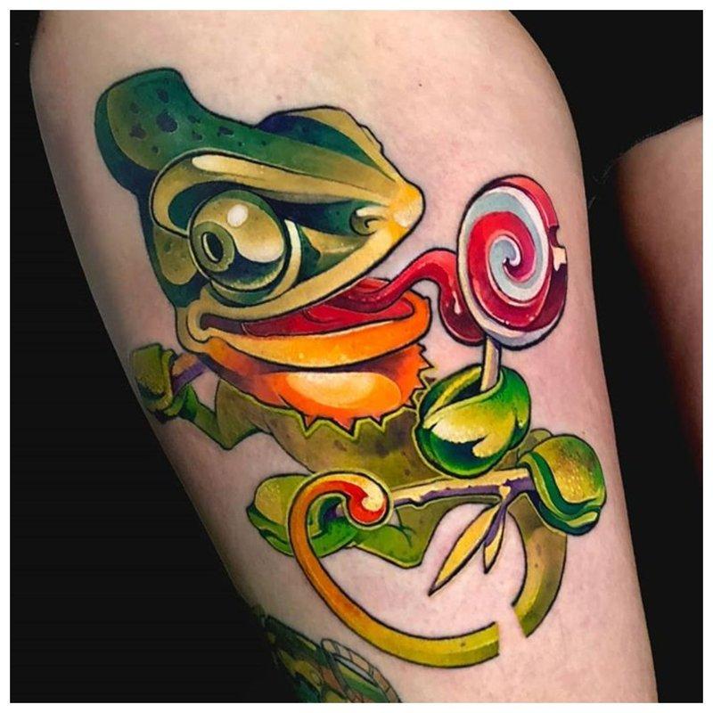 Caméléon nouvelle école tatouage