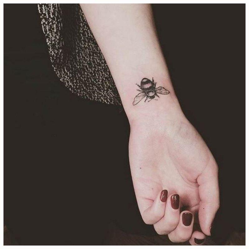 Riešo tatuiruotė