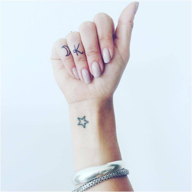 Mini žvaigždės tatuiruotės