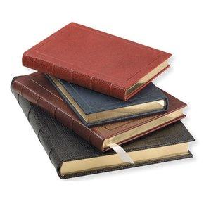 Knygos tame pačiame įrišime