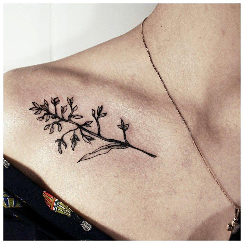 Šakelės tatuiruotė juoda