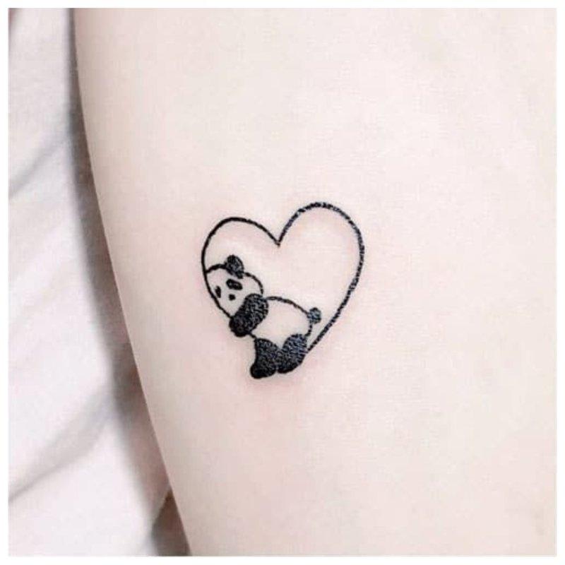 Panda - tatuiruotės eskizas