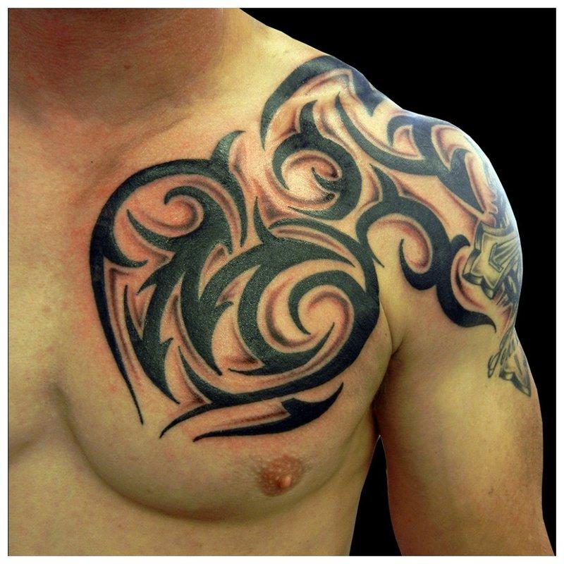 Pečių tatuiruotės modelis