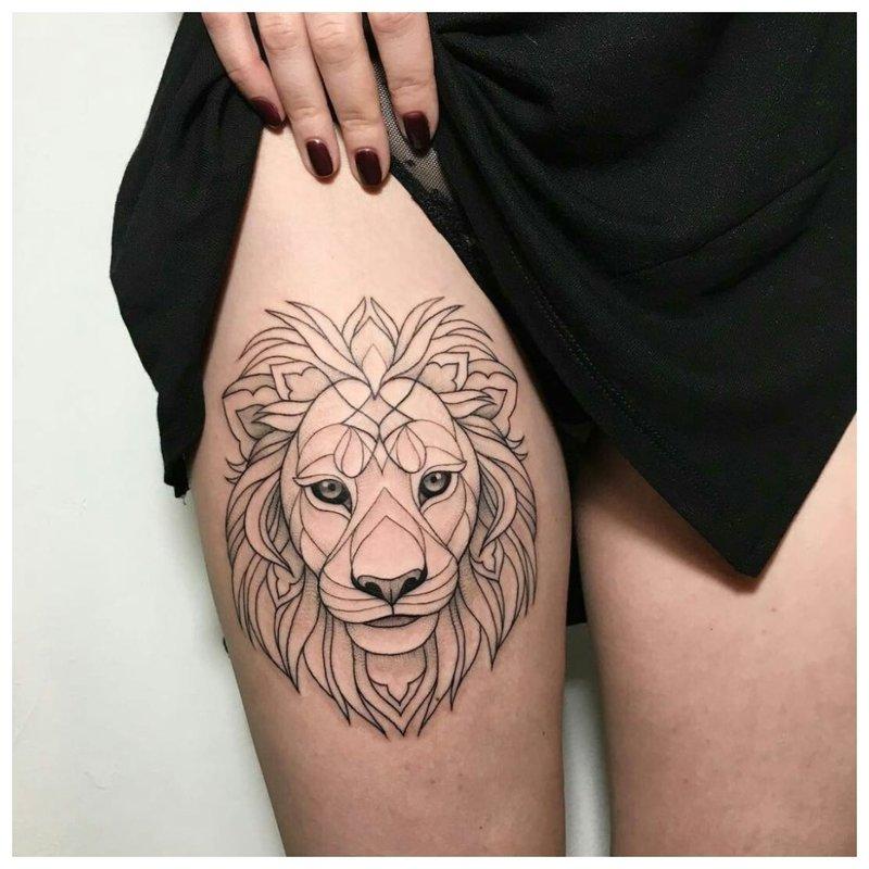 Gyvūnų tema šlaunų tatuiruotėms