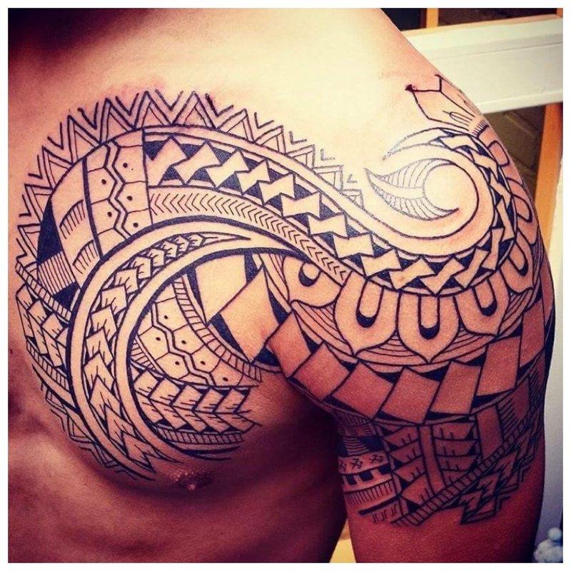Maori op de schouder