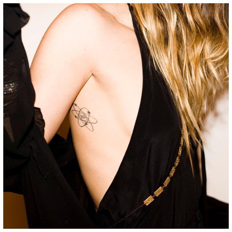 """""""Clavicle Mini"""" tatuiruotė"""