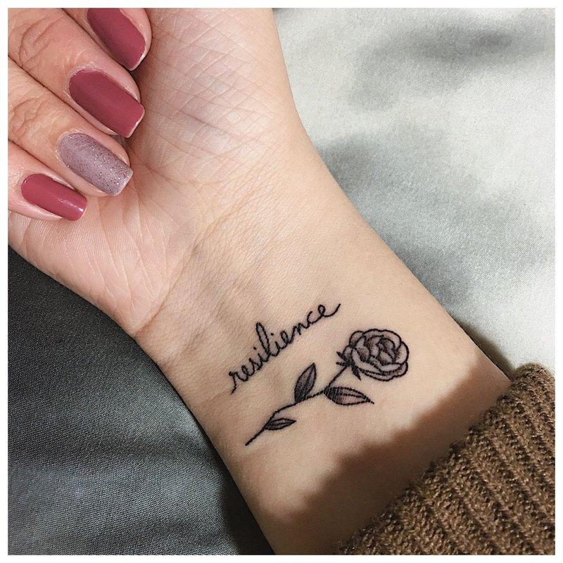 Tatuiruotės užrašai