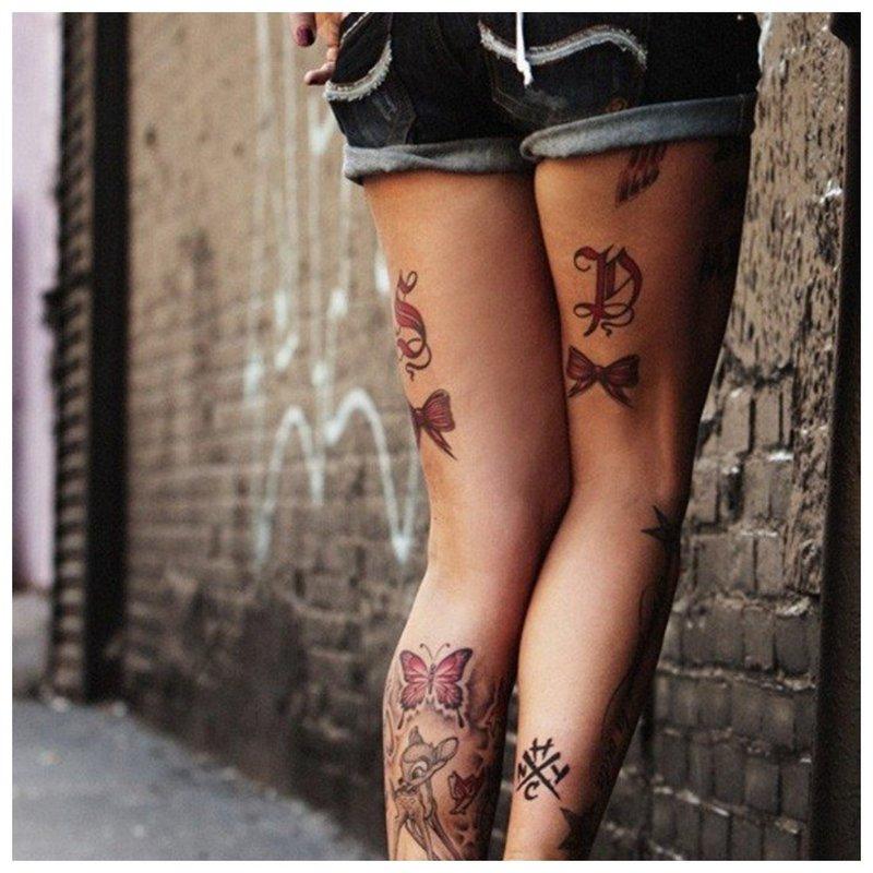 Tatuiruotė ant klubo už sėdmenų
