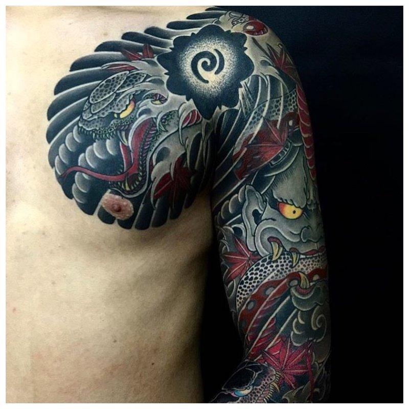 Drakono ir demono tatuiruotė