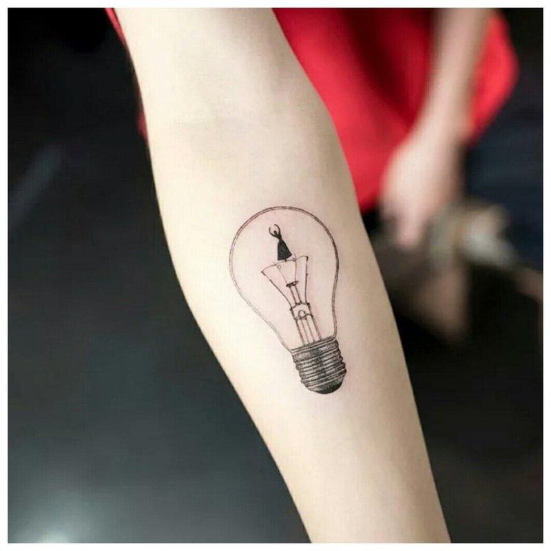 Ampoule de style minimalisme