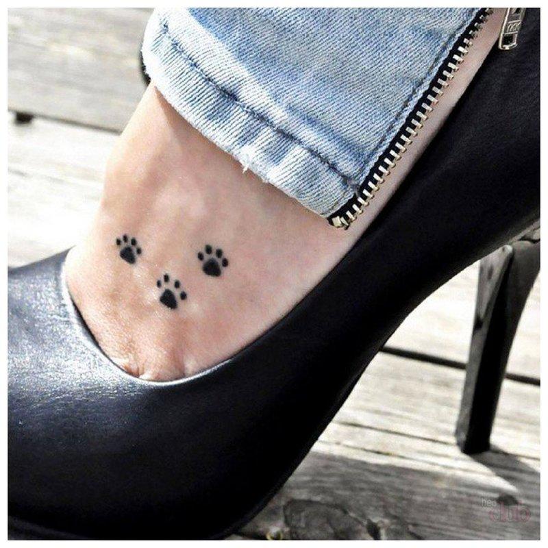 Pėdų tatuiruotė Mini