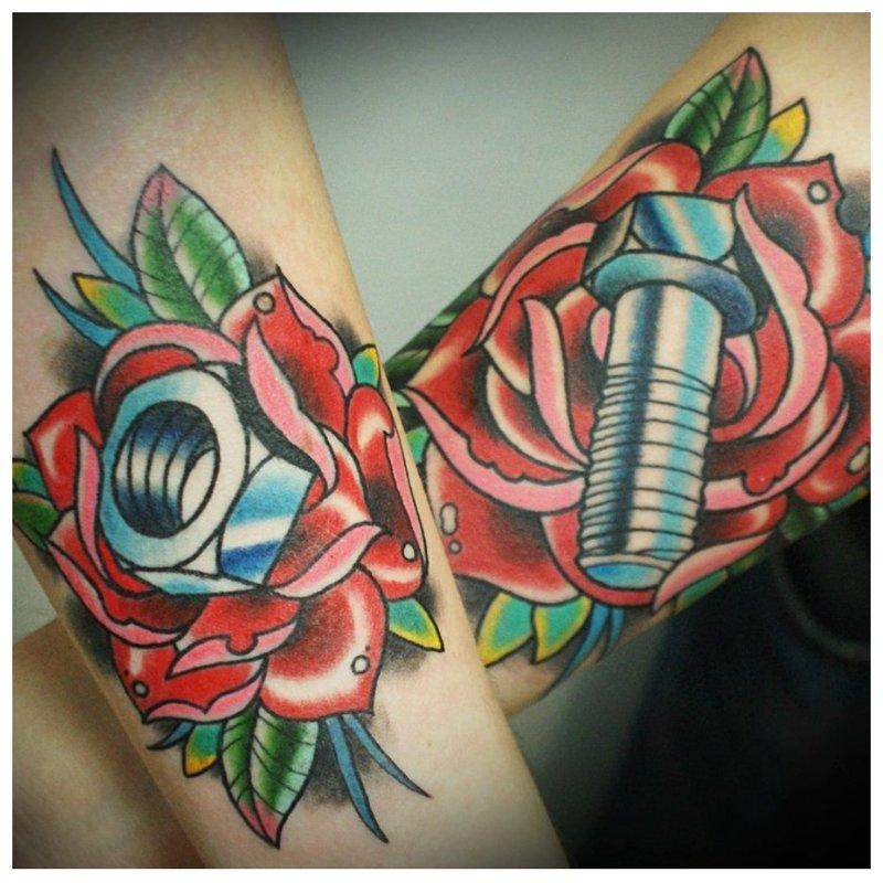 Jumelage de tatouages old school