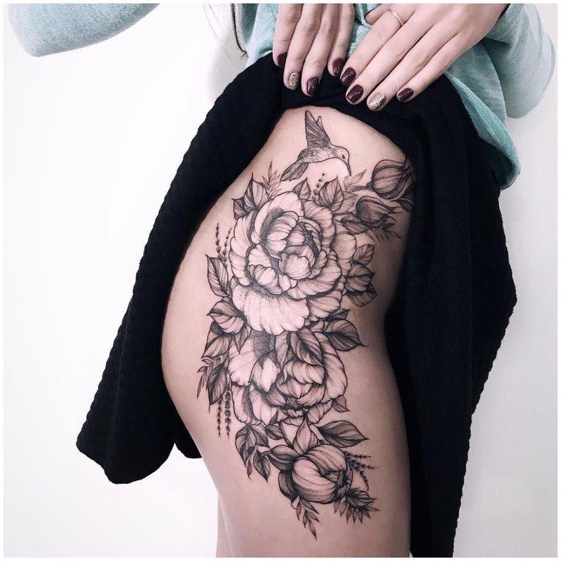 Klubo kontūro tatuiruotė