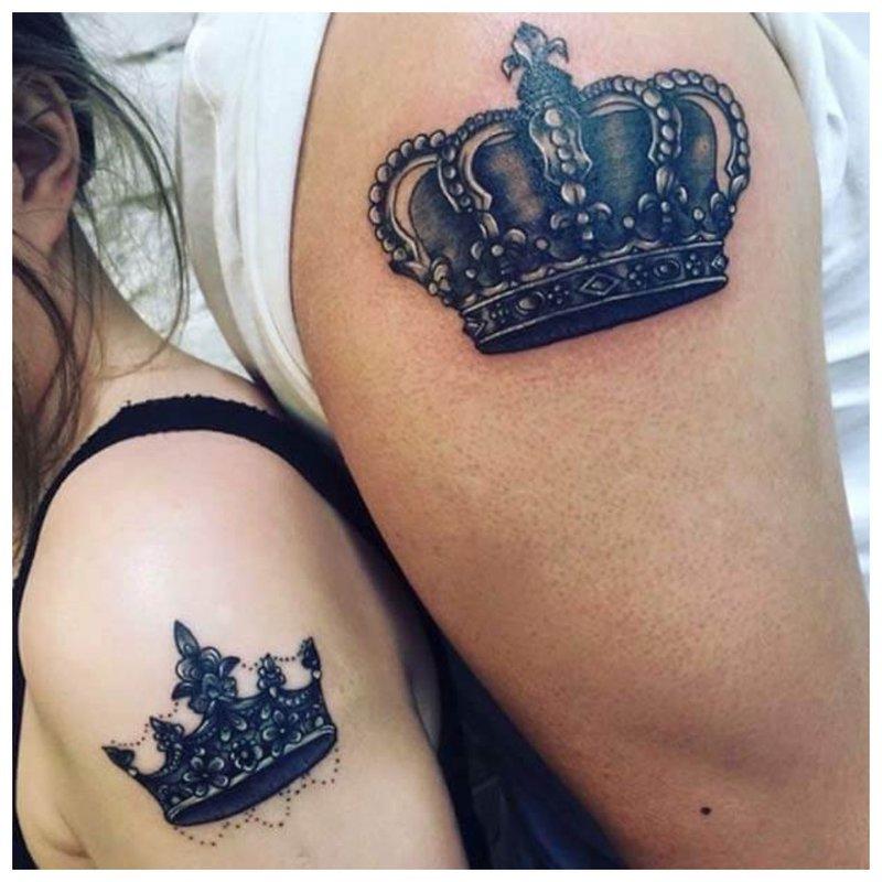 Karūnos tatuiruotė porai
