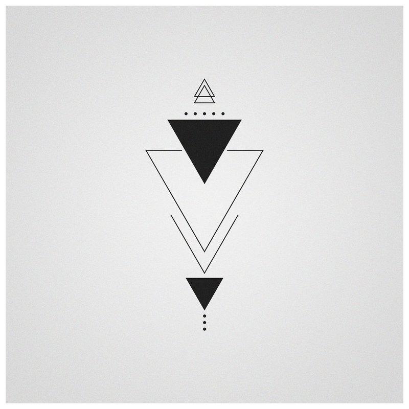 Geometrija - tatuiruotės eskizas