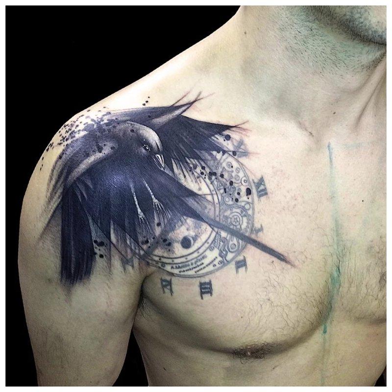 Raveno tatuiruotė