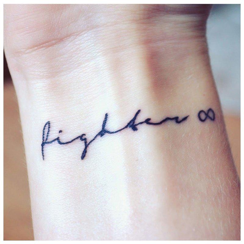 Tatuiruotės užrašas Fighter