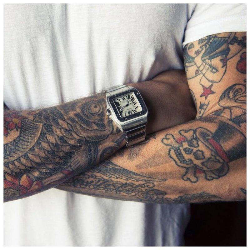 Senosios mokyklos tatuiruotė ant rankos