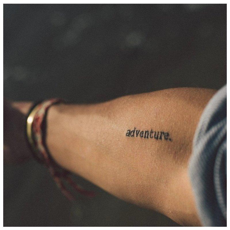 Rankų tatuiruotė