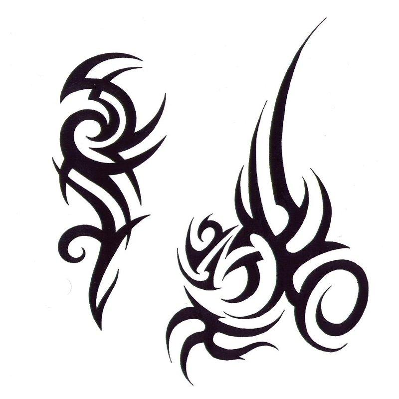 Du tatuiruotės eskizai