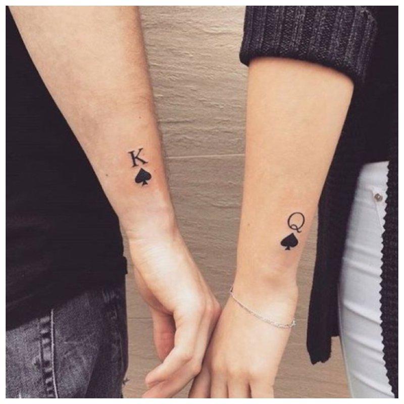 Pora tatuiruotė ant rankų