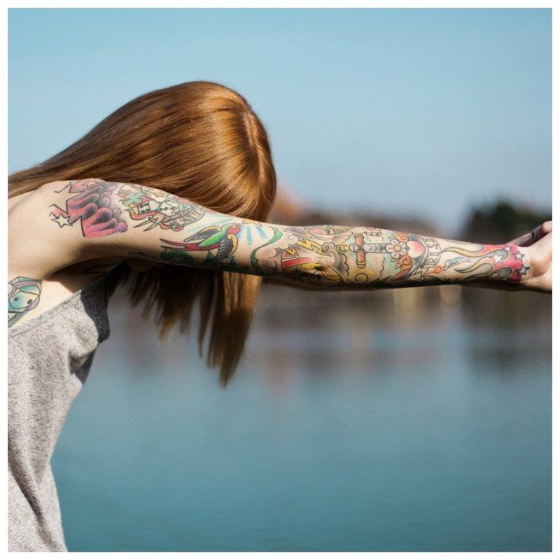 Švelni tatuiruotė ant rankos mergaitei