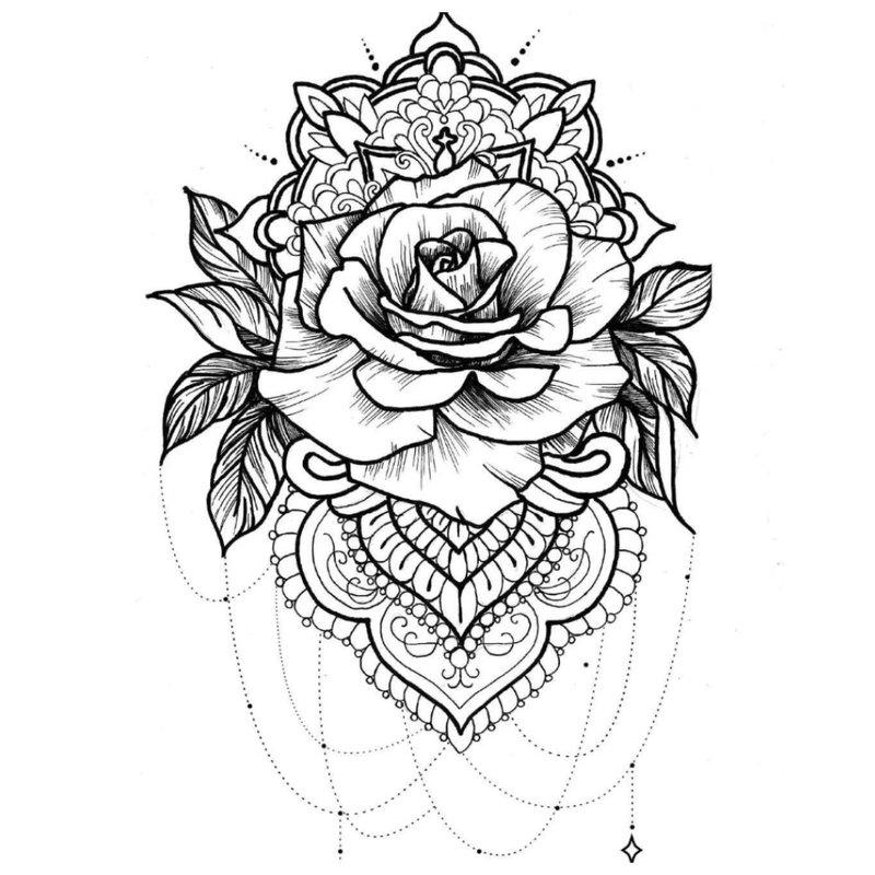 Etninio stiliaus juodai baltas rožės eskizas.