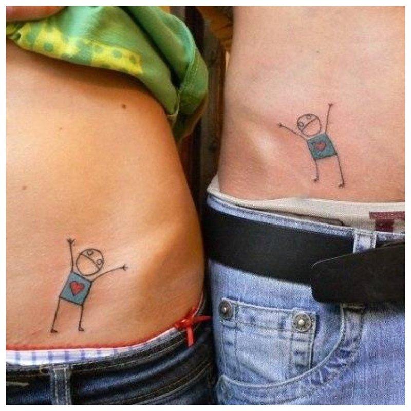 Tatuiruotė paslėptoje vietoje porai
